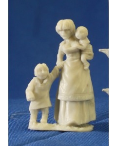 Reapermini Townsfolk : Mother and kids
